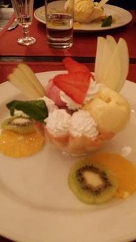 20140430_202424_resized_KITEZH_dessert.jpg